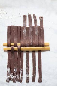 Crostata Crema e Nutella (ripieno morbido e frolla perfetta) - Ricetta passo passo Nutella, Magnetic Knife Strip, 20 Min, Knife Block, Dessert, Recipes, Sweet Recipes, Cream, Postres