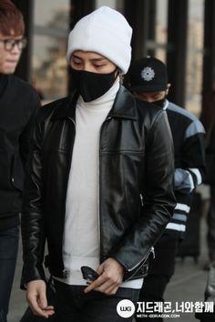 Airport Fashion, Airport Style, G Dragon Fashion, Bigbang G Dragon, Dragon King, Ji Yong, Head & Shoulders, Kpop Guys, My Boys