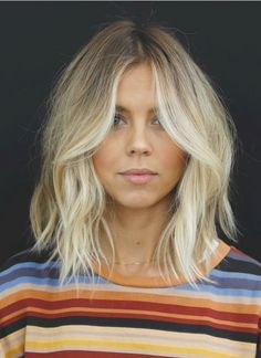 Choppy and Wavy Lob - 60 Inspiring Long Bob Hairstyles and Long Bob Haircuts for 2019 - The Trending Hairstyle Thin Hair Cuts, Bobs For Thin Hair, Cool Haircuts, Hairstyles Haircuts, Blonde Hairstyles, Lob Hairstyle, Braid Hairstyles, 2018 Haircuts, Layered Bob Hairstyles