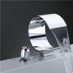 New Luxury Two Handles Chrome Waterfall Bathtub Faucet Set, NL-3-8014
