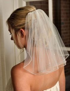 Beaded Wedding Veil Short White Ivory Shoulder Bridal Veils 1T 45Cm With Comb