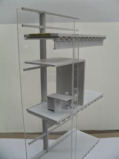 CR/ Estudio de Arquitectura.: Maqueta de Corte por Fachada