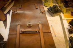 Convertible briefcase/backpack walk-through DIY