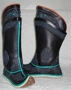 Mongolian boots (black & black)