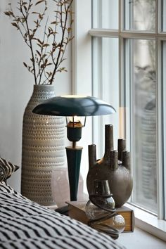 Opal pöytävalaisin - Niittylä Home House Doctor, Lampe Decoration, Table Lamp Wood, Table Lamps, Bohemian House, Interior Design Business, Home And Deco, Scandinavian Home, Color Azul