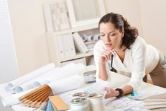 Working from home can be rewarding and fun. But what is the best home business to start? Here are 52 creative home business ideas to achieve success. Interior Design Dubai, Interior Design Courses, Best Home Interior Design, Interior Design Business, Commercial Interior Design, Interior Office, Small Business Trends, Home Based Business, Business Ideas