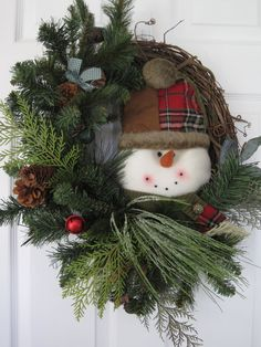 SNOWMAN COUNTRY WINTER Christmas Evergreen Grapevine Door Wreath