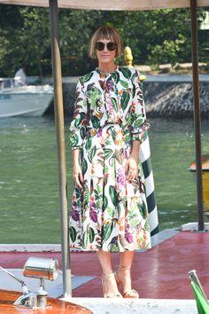 Kristen Wiig in Oscar de la Renta at the Venice Film Festival: IN or OUT? | Tom + Lorenzo