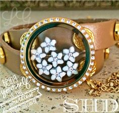 South Hill Designs Locket with lovely plumerias! www.southhilldesigns.com/mallenburg