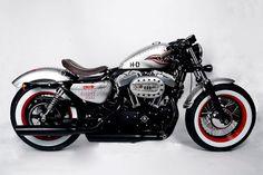 Moto Custom: Harley Forty-Eight The Bomber