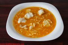 Sopa de merluza. Mexican Food Recipes, Soup Recipes, Great Recipes, Healthy Recipes, Ethnic Recipes, Spanish Kitchen, Bacon Soup, Hot Soup, Carne Asada