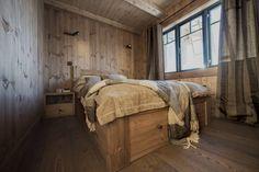 Dobbeltseng til hytte Furniture, Bad, Home Decor, Modern, Timber Wood, Decoration Home, Room Decor, Home Furnishings, Home Interior Design