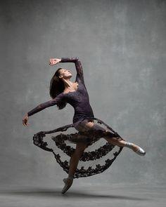 Devon Teuscher, soloist with American Ballet Theatre 📸 NYC Dance Project 👯🙏 Ballet Poses, Dance Poses, Ballet Dancers, American Ballet Theatre, Ballet Theater, Ballet Photography, Beauty Photography, Burlesque, Pacific Northwest Ballet