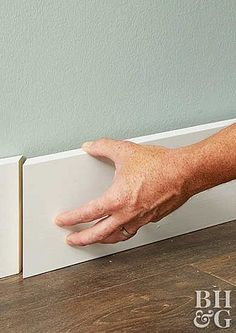 Baseboard Styles Gallery – You Homeowner MUST Know Baseboard Styles Gallery – You Homeowner MUST Know This! Really awesome Baseboard Trim Gallery. Just check Baseboard Styles, Baseboard Trim, Diy Wood Projects, Home Projects, How To Install Baseboards, Modern Baseboards, Diy Home Repair, Moldings And Trim, Home Repairs