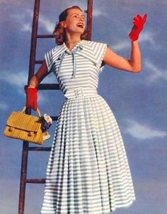 Charming 1950s summer dress. #Gloves mustn't always match!  They can also be a focal point of your #vintage outfit!
