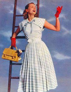 Charming 1950s summer dress