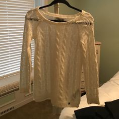 White knit sweater Very soft, white, good condition. Abercrombie kids Sweaters