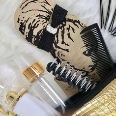Are you ready for summer? Stay ready with the curly girl's secret weapon...our HAIRmergency clutch. www.hairmergencyclutch.com⠀⠀⠀⠀⠀⠀⠀⠀⠀ *⠀⠀⠀⠀⠀⠀⠀⠀⠀ *⠀⠀⠀⠀⠀⠀⠀⠀⠀ How are you staying summer ready?⠀⠀⠀⠀⠀⠀⠀⠀⠀ *⠀⠀⠀⠀⠀⠀⠀⠀⠀ *⠀⠀⠀⠀⠀⠀⠀⠀⠀ #Naturalhair #naturalista #teamn Girls Secrets, Big Hair Dont Care, Natural Lifestyle, Kinky Hair, Black Girls Rock, Curly Girl, Afro Hairstyles, Healthy Hair, Weapon