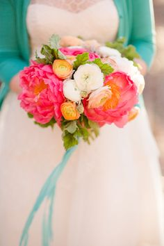 coral charm peonies, peach and white ranunculus bouquet. Katelyn James Photography