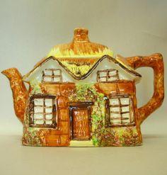 "Price Kensington ""Ye Old Cottage"" Tea Pot"