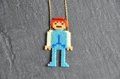 Playmobil bleu Collier perles à repasser by Truc Diy Perler Beads, Pearler Beads, Fuse Beads, Hama Disney, Beading For Kids, Iron Beads, Melting Beads, Bead Shop, Rainbow Loom