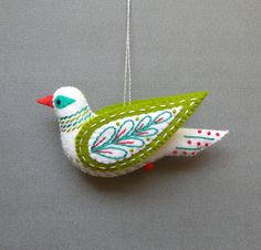 Turtle Dove PDF pattern for a hand sewn wool felt por mmmcrafts