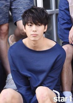 Hongbin Star1 Photoshoot