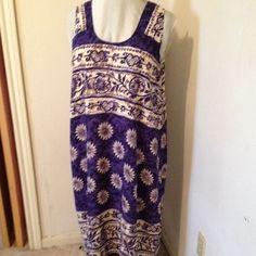 Boho Dress Blue & cream printed. No flare, straight skirt. Sleeveless. Dresses