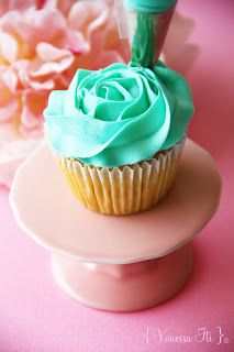 How to pipe a rose on a cupcake. This is a must for Valentine's Day cupcakes!