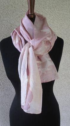 sciarpa o scialle in seta pura dipinta a mano di ventodiscirocco, $79.00