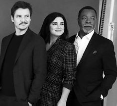 Pedro Pascal, Gina Carano, Carl Weathers- The Mandalorian Star Wars Love, Star Trek, Carl Weathers, Cara Dune, The Man From Uncle, Pedro Pascal, Tv Shows Funny, Love Stars, Attractive People