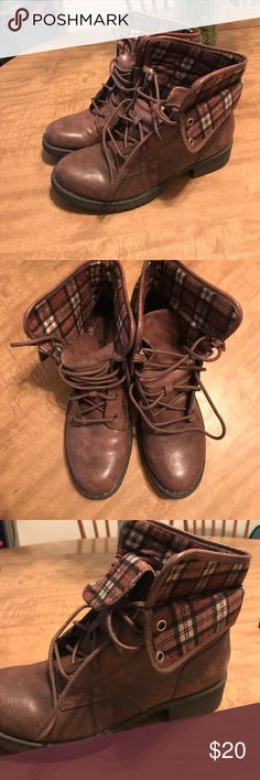 NEW!!! brown combat boots w/ plaid design never worn combat boots w/ plaid design b.o.c. Shoes Combat & Moto Boots
