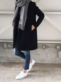 45 Of The Most Trending Outfits To Copy Now Casual Fall Look – Fall Must Haves Collection. 45 Of The Most Trending Outfits To Copy Now – Casual Fall Look – Fall Must Haves Collection. Outfits Otoño, Casual Fall Outfits, Fall Winter Outfits, Fashion Outfits, Fashion Ideas, Winter Clothes, Winter Wear, Hijab Casual, Fashion Blouses