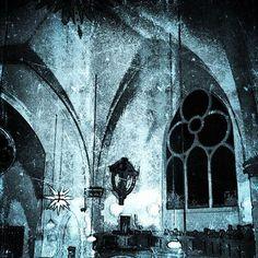 'Dark Church' als Poster oder Kunstdruck