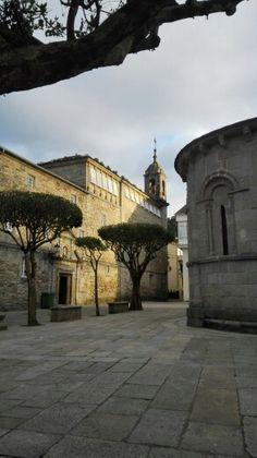 Convento de las Concepcionistas y ábside de Santa María. Viveiro. (Lugo). Galicia. Spain.
