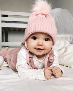 So cute baby agree? So Cute Baby, Cute Baby Pictures, Baby Kind, Cute Baby Clothes, Cute Kids, Cute Babies, Babies Clothes, Boy Babies, Babies Nursery