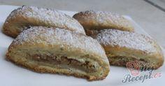 Mini záviny s ořechovou nádivkou Strudel, Minion, Nutella, French Toast, Cooking Recipes, Breakfast, God, Hama, Morning Coffee
