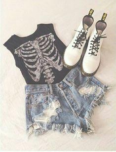 Punk Fashion, Grunge Fashion, Teen Fashion, Womens Fashion, Skull Fashion, Alternative Mode, Alternative Fashion, Punk Mode, Estilo Grunge
