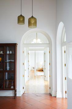 Modern Boho Loft in Brooklyn – – Home Decor Apartment Dark Interiors, Shop Interiors, Grey Interior Doors, Interior Trim, Furniture Layout, White Furniture, Furniture Sale, Cheap Furniture, Discount Furniture