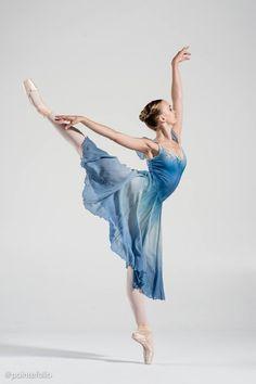 Sara Hart Akmedova Ballet Academy Photo by PointeFolio aka Vihao Pham Ballerina Poses, Ballet Dance Photography, Ballerina Art, Ballet Images, Ballet Pictures, Dance Pictures, Ballet Costumes, Dance Costumes, Ballet Russe