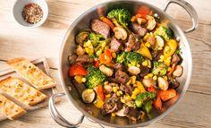 Steak-Gemüse-Pfanne mit Knoblauchbrot | Rama