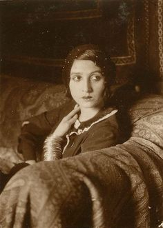 Jacques Henri Lartigue -Renée Perle, Paris, 1931