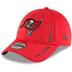 Youth Tampa Bay Buccaneers New Era Red Speed 9FORTY Adjustable Shadow Tech  Hat 1f82ab231