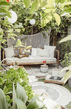 The Most Affordable Outdoor Patio Rugs Rustic Outdoor Rugs, Indoor Outdoor Rugs, Outdoor Area Rugs, Outdoor Sofa, Outdoor Living, Outdoor Furniture, Outdoor Decor, Budget Patio, Diy Patio