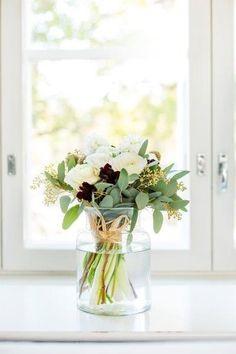 Glass Vase, Kitchens, Home Decor, Decoration Home, Room Decor, Kitchen, Interior Design, Home Interiors, Cucina