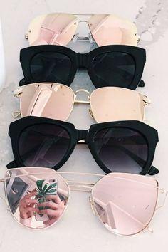 Off My Favorite Fall Staples Quay Sunglasses, Summer Sunglasses, Sunglasses Women, Sunnies, Glasses Frames Trendy, Cute Glasses, Star Fashion, Fashion Fashion, Runway Fashion