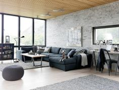 Like the light grey rug with the dark grey couch