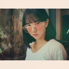 Find images and videos about gfriend, eunha and yuju on We Heart It - the app to get lost in what you love. Kpop Girl Groups, Korean Girl Groups, Kpop Girls, Gfriend And Bts, Yuri, Mirrored Sunglasses, Sunglasses Women, Jung Eun Bi, G Friend