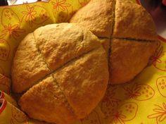 Täydellinen iltapala: Leivo hetkessä ihanat teeleivät! Savoury Baking, Bread Baking, 20 Min, Scones, Breakfast Recipes, Goodies, Brunch, Rolls, Food And Drink