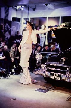John Galliano Spring 1995 Ready-to-Wear Fashion Show - Debbie Deitering